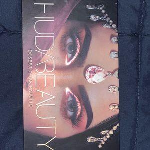 HUDA BEAUTY Makeup - Buda beauty palette